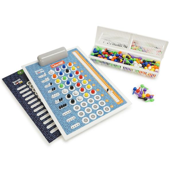 8色のロジック シークレット・コードゲーム